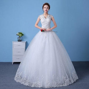 W154, White Ball Gown S1, Size (XS-30 to XXL-44)