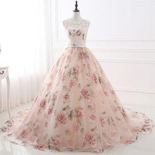 Load image into Gallery viewer, G124, Light Pink Floral Prewedding Shoot Ball Trail Gown, Size (XS-30 to XXXL-46)