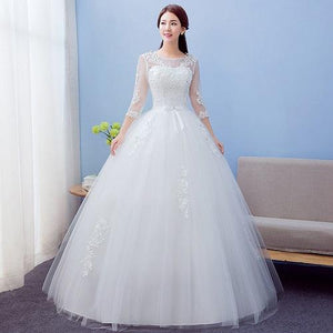 W165, White Sleeves-Lace Ball Gown, Size (XS-30 to L-38)