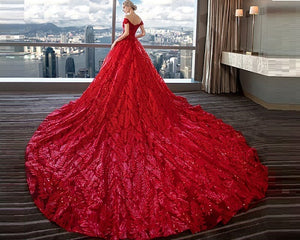 G226,(2) Red Luxury Feather Pattern Off-Shoulder Prewedding Extra Long Trail Gown, Size, (XS-30 to XL-40)