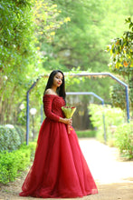 Load image into Gallery viewer, G135 (5), Wine Prewedding Shoot Semi off Shoulder Ball Gown, Size (XS-30 to XXL-35)