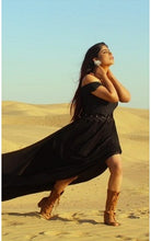 Load image into Gallery viewer, G100, Black Long Trail Prewedding Shoot Gown, Size  (XS-30 to XXL-42)
