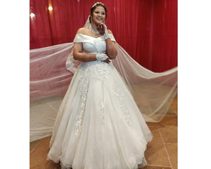 W151, White Off-Shoulder Veil Princess Trail Wedding Gown, Size (XS-30 to XL-40)