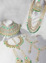 Load image into Gallery viewer, Bridal Jewellery Set Golden Green