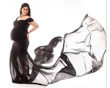 Load image into Gallery viewer, G220 (2), Black Maternity Shoot Trail Baby Shower Gown, Size (XS-30 to XXL-42)