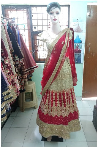 L24, Red and golden lehenga ,size,(xs-30 to xl 40 )