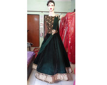 Load image into Gallery viewer, L6, Bottle green croptop with Lehenga (Kriti Sanon) ,size,(38-42)