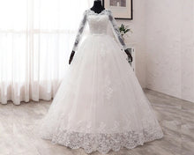 Load image into Gallery viewer, W172, White Lace Full Sleeves Prewedding Trail Ball Gown, Size (XS-30 to XL-40)