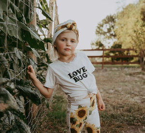 Love Bug - Organic T-Shirt