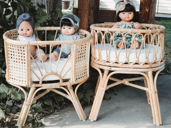 Hello Sunshine Rattan Crib