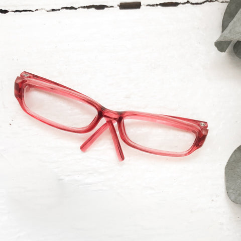 Red Glasses - DOLL