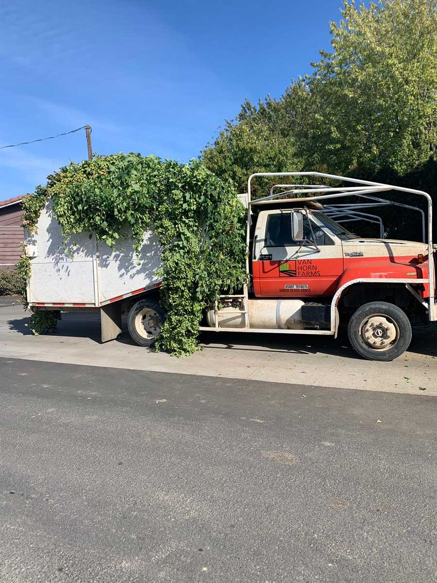 Truck at Yakima Valley Hops with Beerfarm