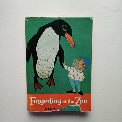 Fingerling at the Zoo by Dick Laan