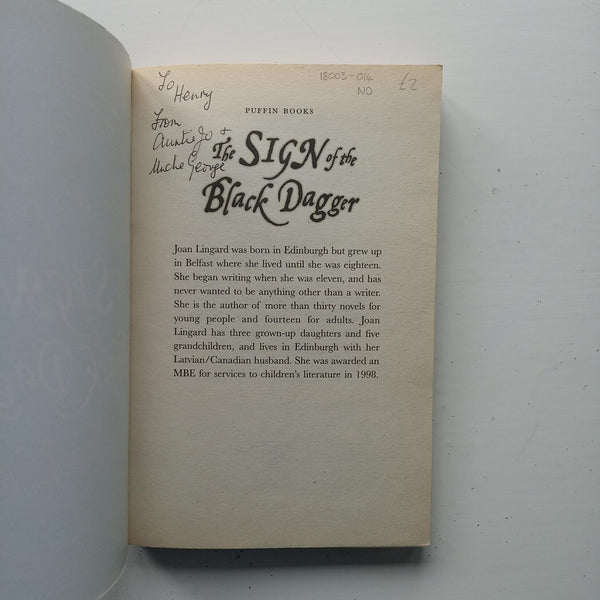 The Sign of the Black Dagger by Joan Lingard