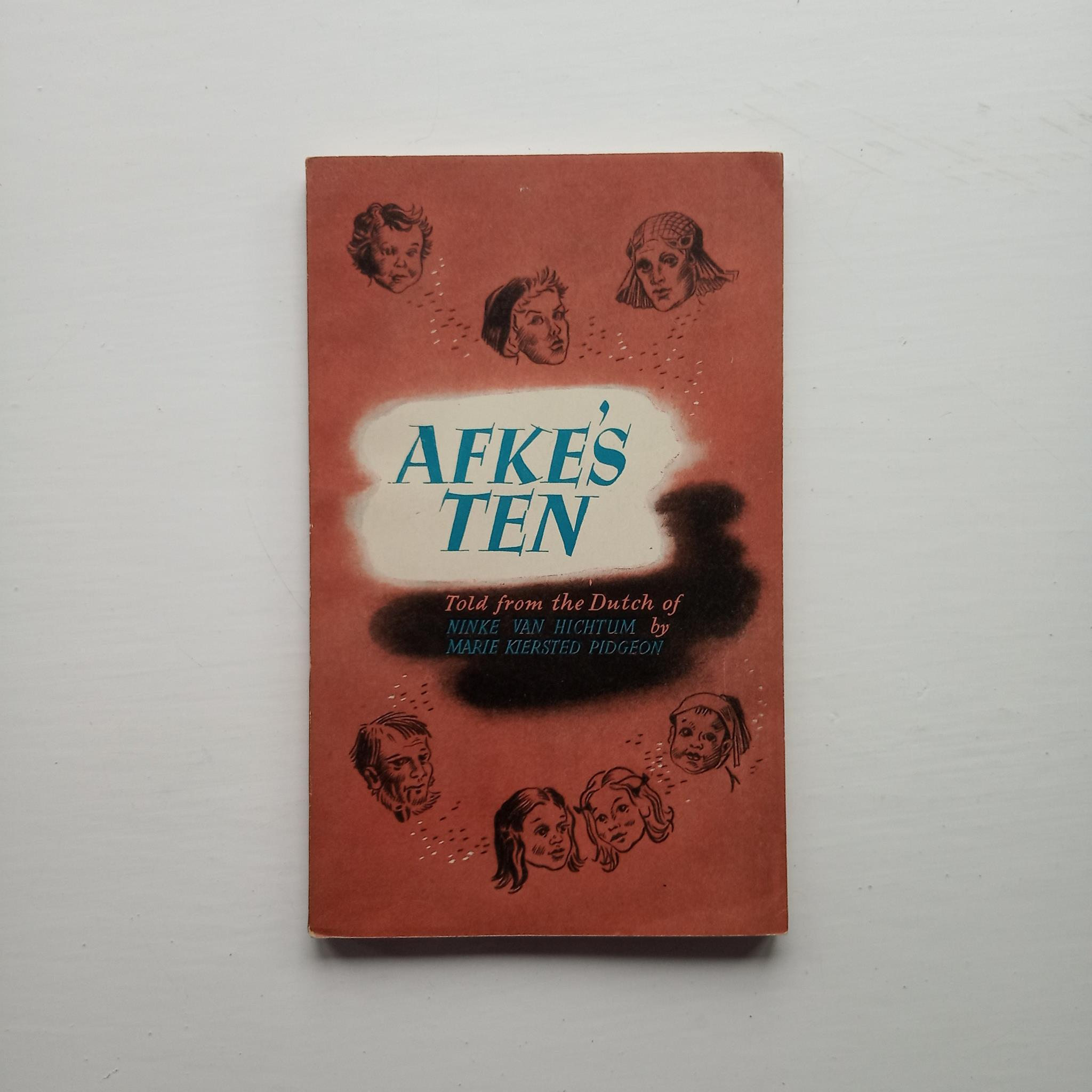 Afke's Ten by Ninke Van Hichtum