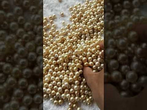 Laden und Abspielen von Videos im Galerie-Viewer, Loose Golden Natural Color Pearls 9-10 mm