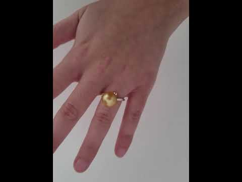 Load and play video in Gallery viewer, 12 mm Golden South Sea Pearl Ring