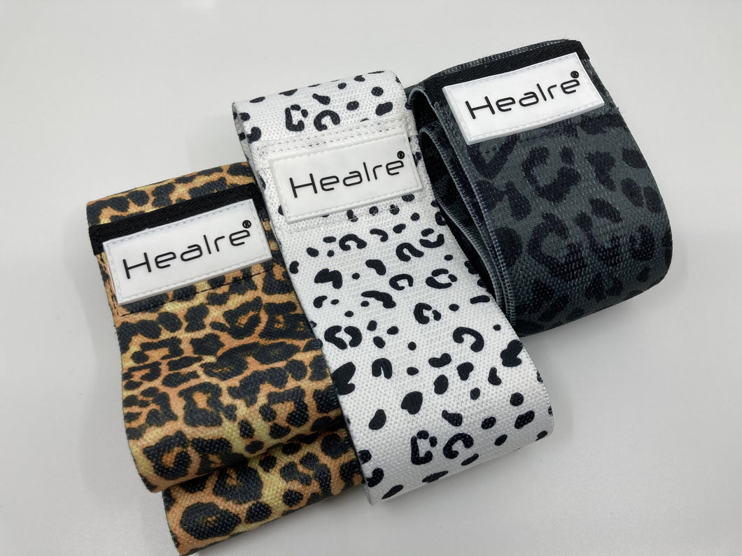 Healre booty bands in leopard print