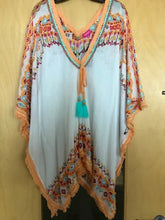 Load image into Gallery viewer, Cotton Kaftan in White with vibrant print