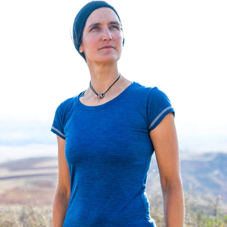 Woman in 100% Royal Alpaca crew neck t-shirt in Natural Blue