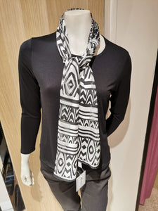 Ladies  Italian Scarves Black/White SC1626