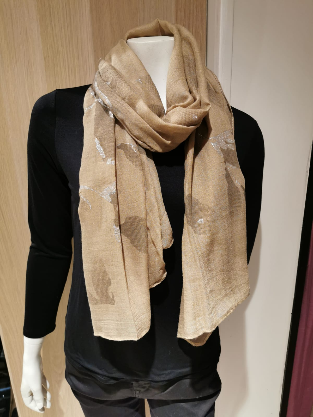 Ladies Leaf Scarf Shawl MS1622
