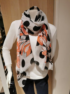 ladies dolka dot scarf