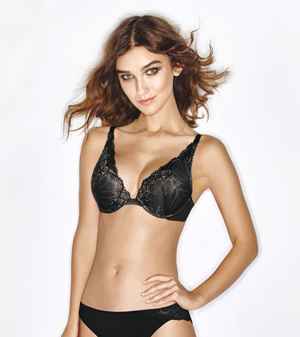 Wonderbra Black Refined Glamour Triangle Plunge Push-Up Bra W02LN