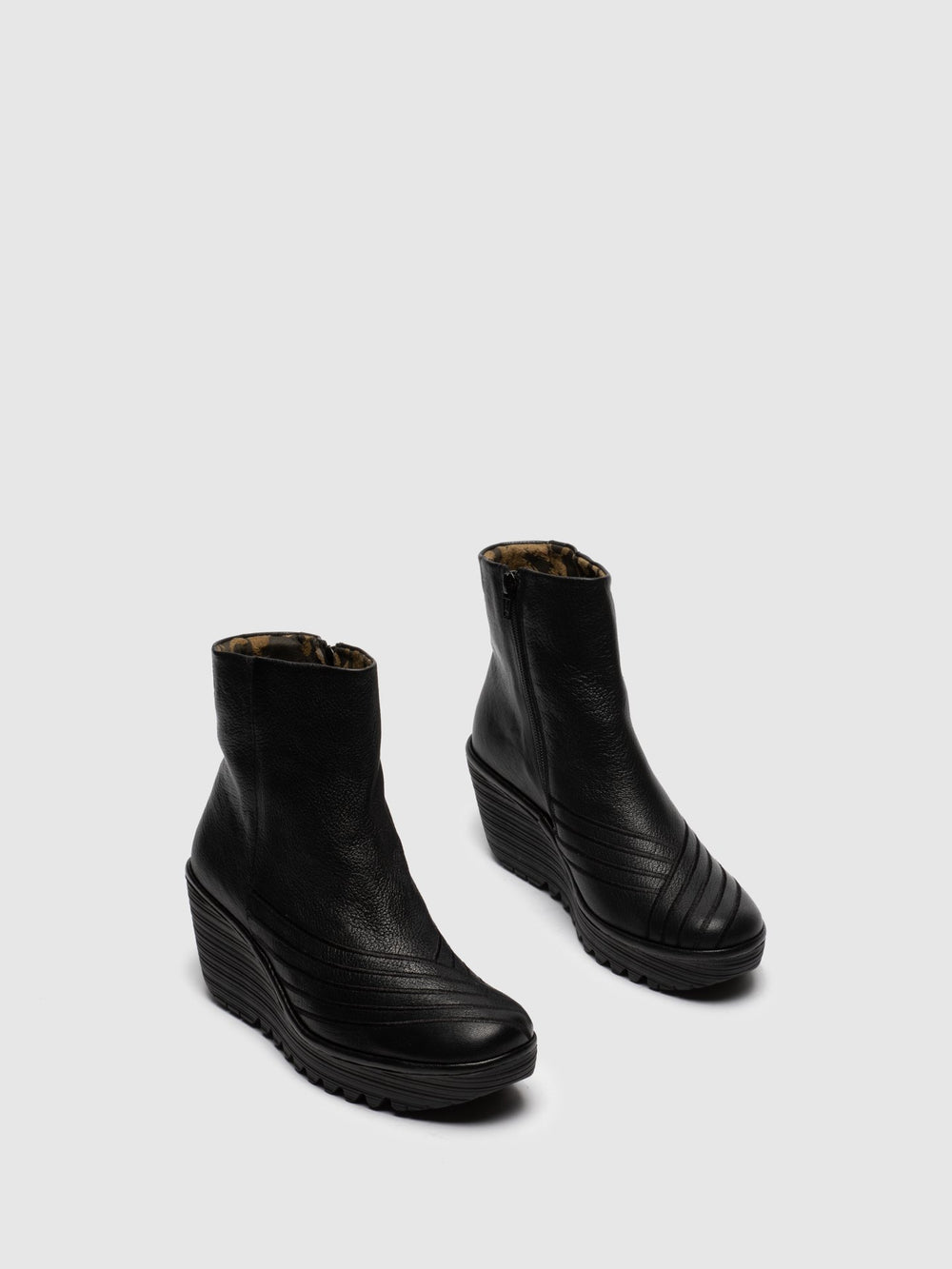 Zip Up Ankle Boots YENI062FLY BLACK