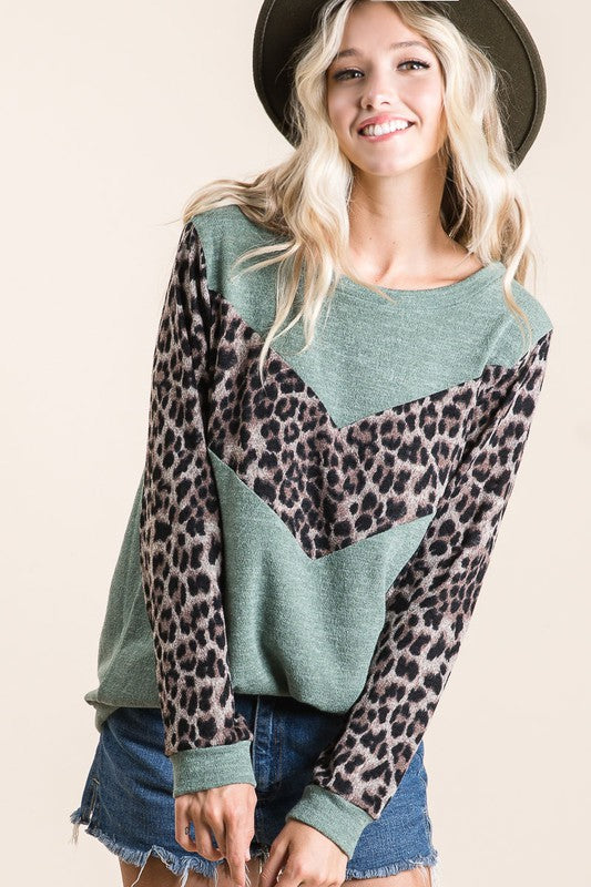 So Jaded Leopard Accent Top