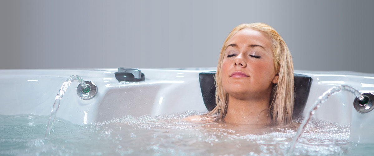 Discover the uniqueAnglia Hot Tub experience