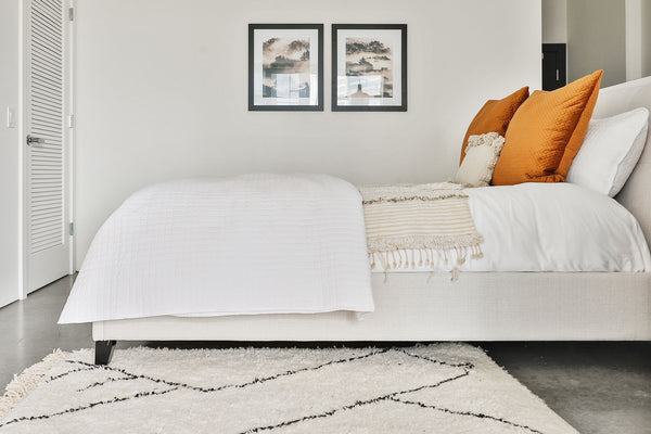 Aurora Queen Bed, Oatmeal