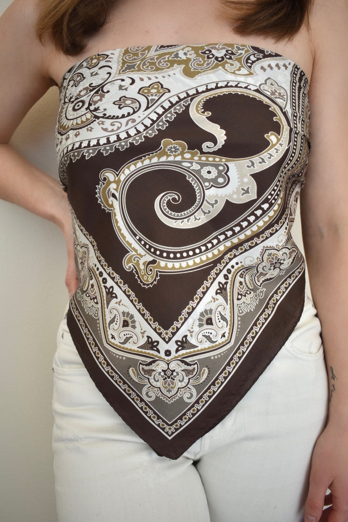 The GRAZIA Dellrose Silk Scarf in brown paisley
