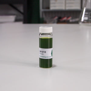 Chlorella in glass universal bottle