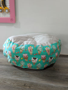 Kitty Cones Marshmallow Pet Bed