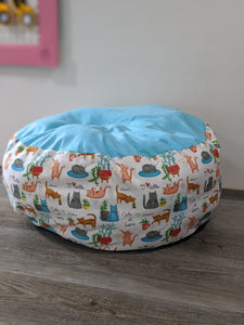 Playful Cats Marshmallow Pet Bed