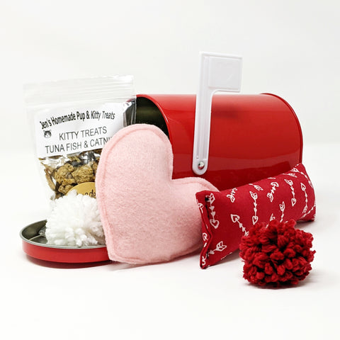 Valentine's Mail Box -Cupid's Arrow, Tuna Fish & Cat Nip Treats