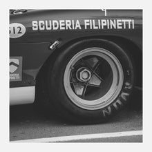 Load image into Gallery viewer, Ferrari 512S/512M 'Golden Wheels' - FINE ART PRINT