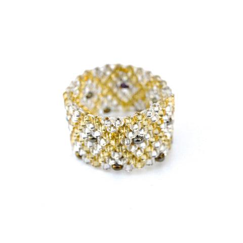 beaded ring - deco