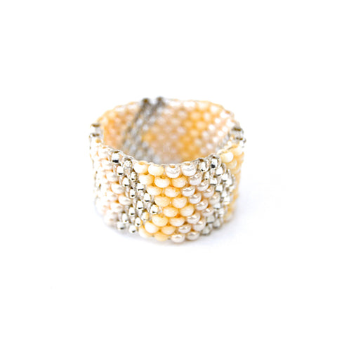 beaded ring - pearl