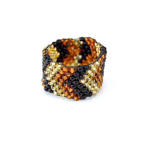 beaded ring - tiger