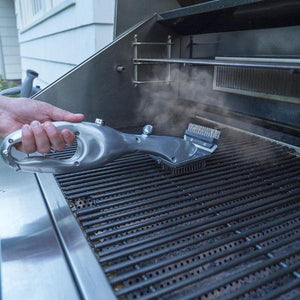 'Grill Master' - BBQ Steam Cleaning Brush
