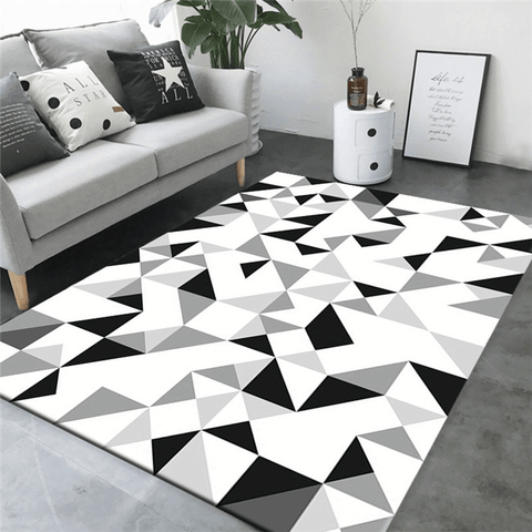 Undra Geometric Rug Black And White
