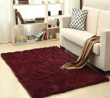 Load image into Gallery viewer, Myküm - Soft Comfortable Rug Burgundy