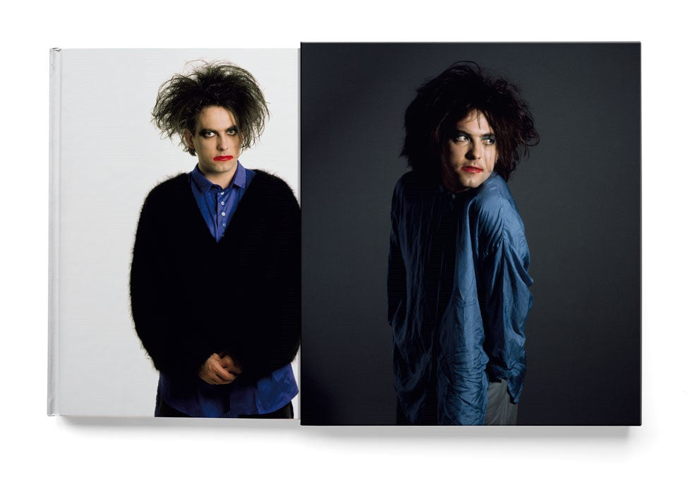 In Between Days. The Cure in photographs 1982 - 2005 by Tom Sheehan SUPER DELUXE EDITION