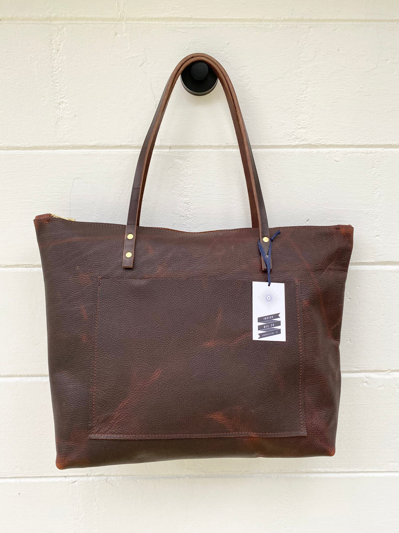 Large Worn Saddle Barn Tote with Outside Pocket and Zipper