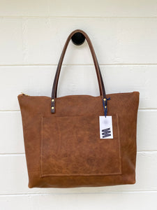 Large Tumbleweed Barn Tote with Outside Pocket and Zipper