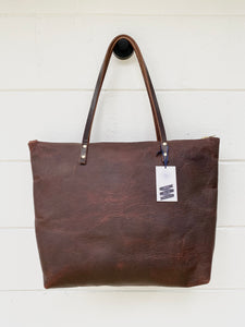 Large Worn Saddle Barn Tote with Zipper