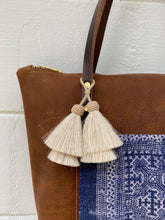 Load image into Gallery viewer, Small Indigo + Tumbleweed Barn Tote with Zipper