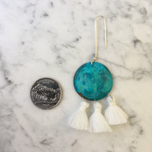Load image into Gallery viewer, Turquoise + Snow Tassel Earrings